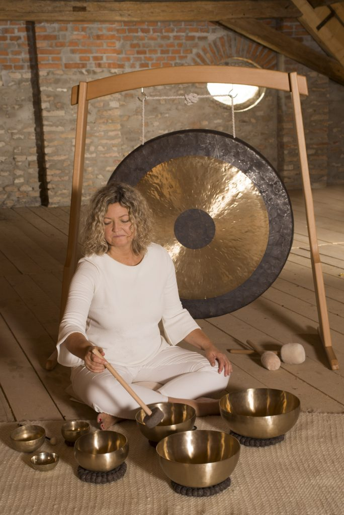 relaxacia, zvukova terapia, gong, tibetske misky, Bratislava, Petržalka